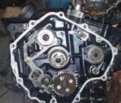 特邦平面密封胶用于内燃机曲轴箱平面密封